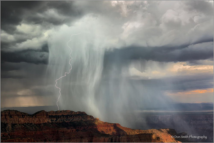 Lightning Strike on Mt. Woolsey, Grand Canyon (© Don Smith)