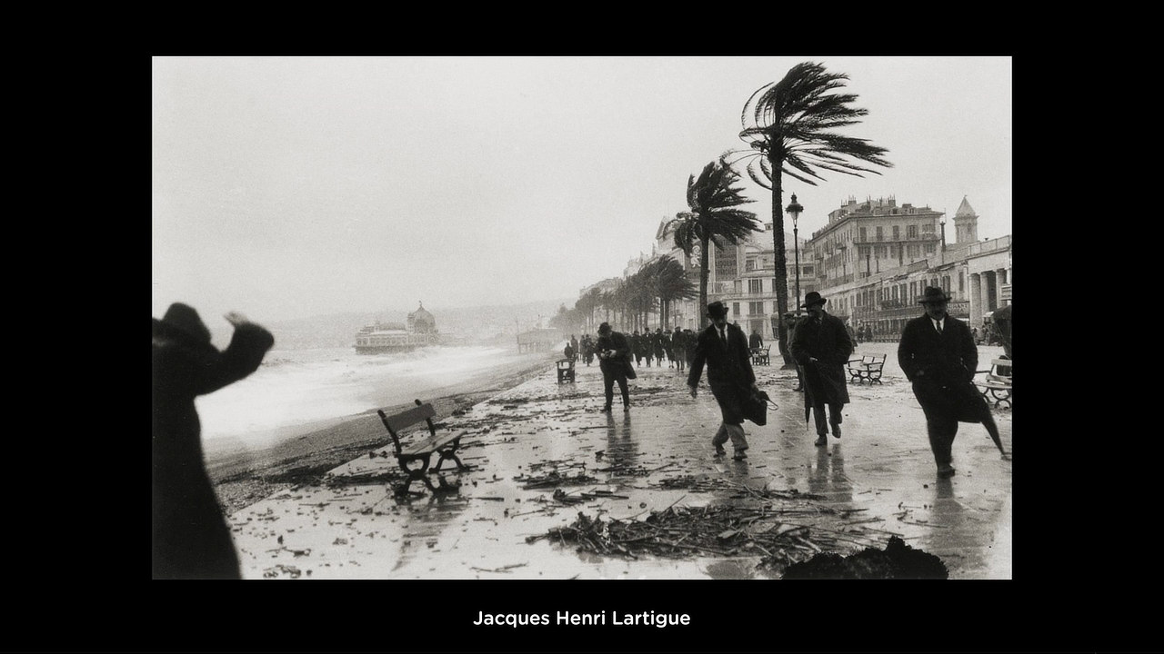 "Z videa ""How To Use Motion in Photography"" (© Jacques Henri Lartigue)"